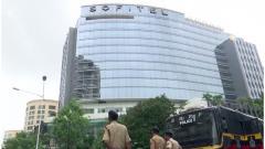 Unaware of K'taka MLAs' presence in Mumbai, says BJP; Cong hits out