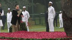PM Modi, Rahul, other leaders pay tribute to Indira Gandhi on birth anniversary