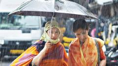 Rains cause traffic jams and waterlogging in city