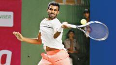 Prajnesh enters semifinals