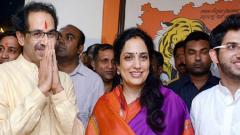 Sena chief Uddhav Thackeray arrives in Ayodhya