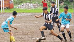 Deshmukh helps Loyola win